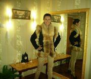 Продам куртку-жилет из замши с лисой