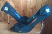 Атласные открытые туфли ТМ RONZO,  р.40,  цена 200 грн,  идеальное сост.