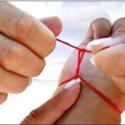 Красная нить на запястье. Красная нить из Израиля. Купить красную нить