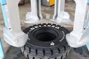 Пресс для монтажа цельнолитых шин