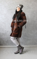 Красивая шубка из южно-американского бобра,  воротник-норка,  48 размер