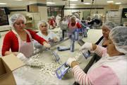 Упаковщики на молокозавод в Польшу